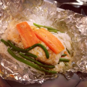 baked fish with carrot, green bean and rice