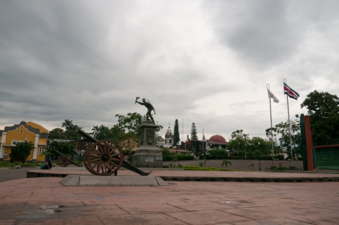 Alajuela canon, statue of Juan Santamaría (the national hero), flags
